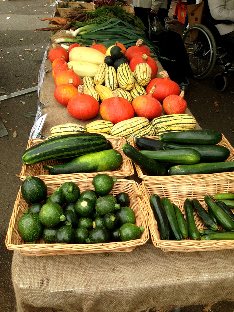 farmers markets courgettes